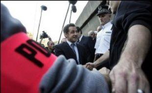"""En dénonçant la """"démission"""" de la justice face à la délinquance juvénile, Nicolas Sarkozy a pris un risque politique qui l'entraîne au coeur d'une tourmente à sept mois de l'élection présidentielle."""