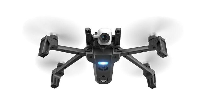 Le drone ANAFI de Parrot mise sur un usage simplifié.