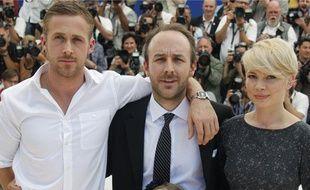 L'équipe de Blue Valentine à Cannes le 18 mai. De gauche à droite:Ryan Gosling, Derek Cianfrance et Michelle Williams.