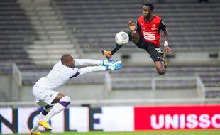 L'ancien joueur du Stade Rennais Jonathan Pitroipa a signé en régionale 1 pour l'Espérance Chartres-de-Bretagne.