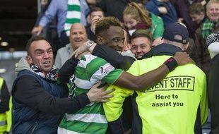 Dembélé partage sa joie avec les fans du Celtic, le 23 octobre 2016.
