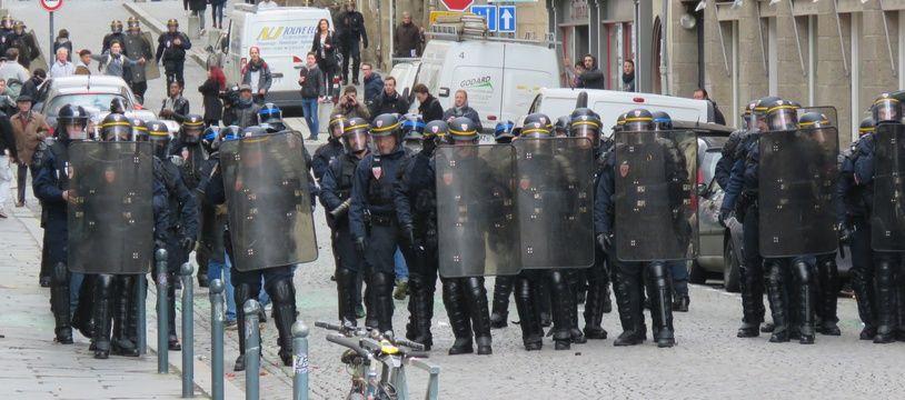 Des heurts avaient éclaté entre policiers et manifestants le 31 mars 2016 dans le centre-ville de Rennes.