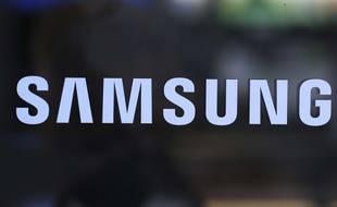 Samsung devrait lancer un téléphone pliable prochainement (illustration).