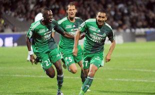 Dimitri Payet (à droite) après son but face à Lyon, le 25 septembre 2010