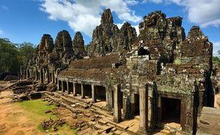 Trois touristes sont jugés pour s'être pris en photo les fesses nues devant l'un des temples d'Angkor, au Cambodge.