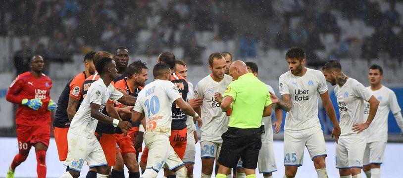 Un début de baston a éclaté en fin de match lors de Marseille-Montpellier.