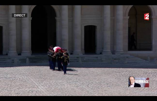 Hommage aux Invalides à Michel Rocard, le 7 juillet 2016.