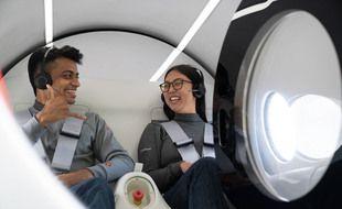 Tanay Manjrekar (g.) travaille pour le projet Hyperloop de Virgin depuis cinq ans.