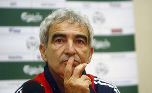 Le sélectionneur de l'équipe de France, Raymond Domenech, lors d'une conférence de presse à Kaunas le 27 mars 2009.