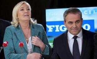 Marine Le Pen et Xavier Bertrand le 9 décembre 2015 sur le plateau de France 3 à Lille