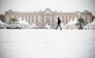 Il y aura de la neige sur la place du Capitole ce samedi, mais pas tombée du ciel.
