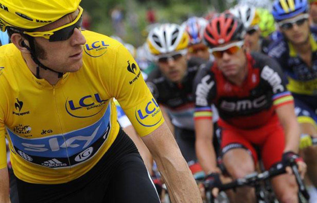 Bradley Wiggins, le maillot jaune du Tour de France, le 14 juillet 2012, au Cap d'Agde. – LIONEL BONAVENTURE / AFP