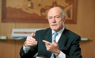 Alain Rousset, président PS de la région Aquitaine, dans son bureau le 16 février 2012.