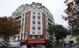 """Les parents du garçonnet ayant survécu à une chute du 7e étage lundi à Paris ont été déférés mercredi au parquet, qui les a convoqués devant un tribunal qui les jugera pour """"délaissement et blessures involontaires par manquement à la sécurité"""", selon une source judiciaire."""