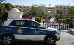 Une voiture de police à Sousse en Tunisie, le 27 juin 2015 (Illustration)