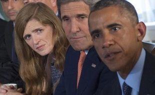 L'ambassadrice des Etats-Unis à l'Onu, Samantha Power, le Secrétaire d'Etat John Kerry, et le président Barack Obama lors d'une rencontre avec des responsables de l'Arabie saoudite, des Emirats arabes unis, de la Jordanie, de Bahreïn et du Qatar, le 23 septembre 2014 à New York