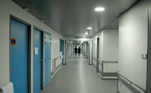 Dans les couloirs du Nouvel hôpital civil de Strasbourg qui fait partie des hôpitaux universitaires de Strasbourg.