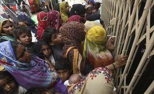 Le Pakistan connait actuellement une importante diffusion du VIH.