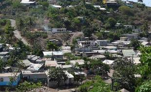 Des logements de fortune à Majicavo Koropa, sur l'île de Mayotte, le 27 octobre 2011.