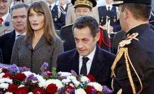Carla Bruni-Sarkozy et Nicolas Sarkozy aux commémorations du 11-novembre à Paris.