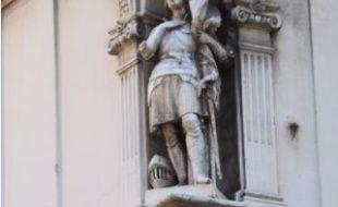 Lyon recense environ 200 madones aux coins de ses rues, contre 400, il y a un siècle