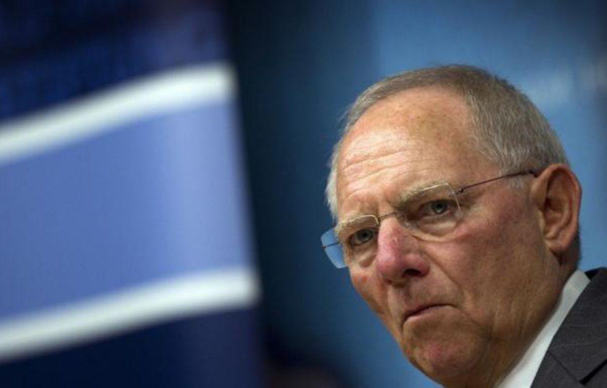Le ministre allemand des Finances Wolfgang Schäuble s'est montré favorable à la tenue d'un référendum afin de réviser la Constitution allemande pour permettre un transfert de davantage de compétences à Bruxelles, dans un entretien avec l'hebdomadaire Der Spiegel paru lundi. – Adrian Dennis afp.com