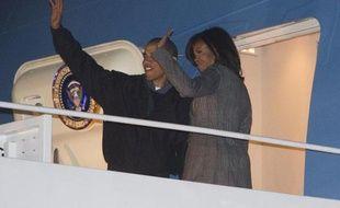 Le président Barack Obama et sa femme Michelle à leur départ le 24 janvier 2015 de la base aérienne Andrews au Maryland pour l'Inde
