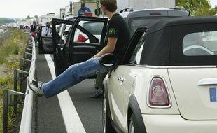 Bouchon sur l'autoroute. (Illustration)