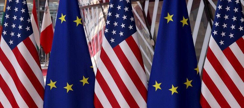 Des drapeaux des Etats-Unis et de l'Union européenne, ici à Bruxelles. (illustration)
