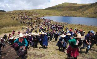 Des Incas aux géants miniers modernes, l'or a façonné l'histoire de Cajamarca, dans les Andes du nord Pérou. Mais c'est l'eau, rationnée depuis des mois, qui est au coeur des préoccupations, de la colère contre un méga-projet minier, perçu comme une menace hydrique de trop.