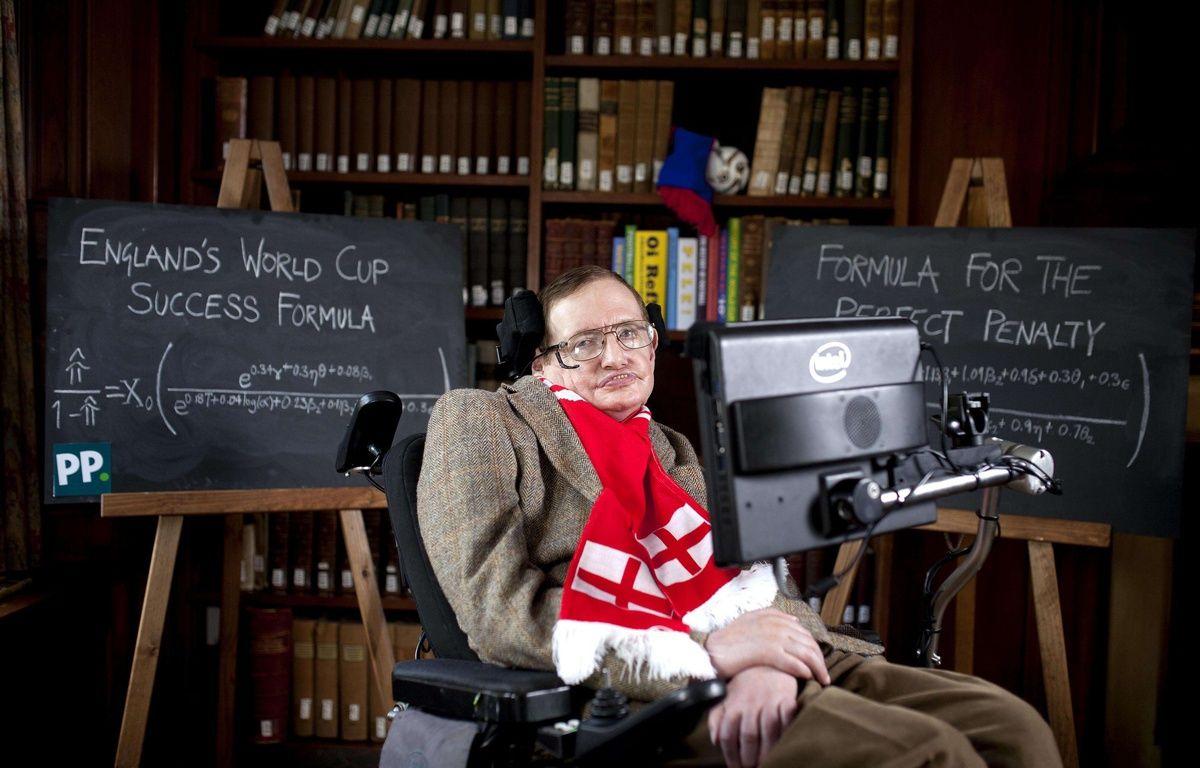 Stephen Hawking, le 28 mai 2014, à Cambridge. – David Parry/AP/SIPA