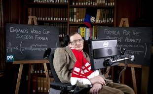 Stephen Hawking, le 28 mai 2014, à Cambridge.