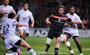 Montpellier, qui restait sur une série de cinq victoires, a été stoppé par une équipe de Toulouse réaliste (27-9) et qui se hisse provisoirement à la 2e place du classement, vendredi en ouverture de la 11e journée de Top 14