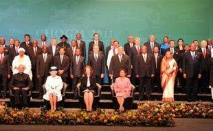 La reine d'Angleterre Elizabeth II a ouvert vendredi officiellement le sommet des chefs de gouvernement des 54 nations du Commonwealth, à Perth (sud-ouest de l'Australie).
