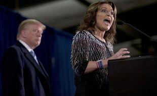 Les républicains Sarah Palin et Donald Trump lors d'un meeting dans l'Iowa, le 19 janvier 2016.