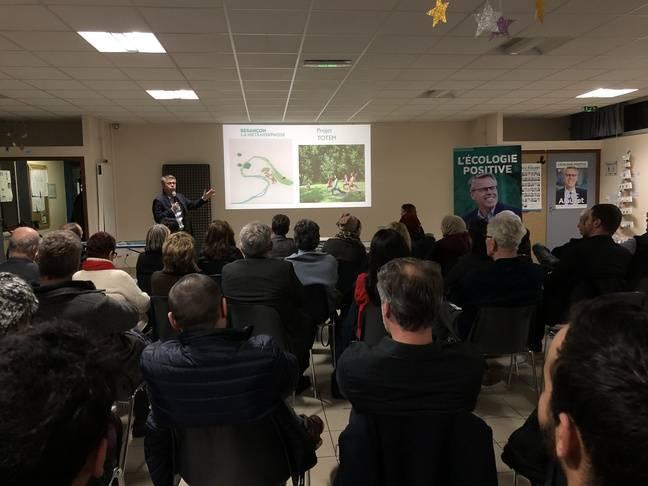 Eric Alauzet en réunion publique pour les municipales de Besançon, le 26 février 2020 dans le quartier de Montrapon.