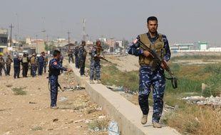 Les forces irakiennes patrouillent à Kirkouk le 25 octobre 2016.