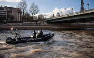 La brigade fluviale de la préfecture de police de Paris. (Illustration)