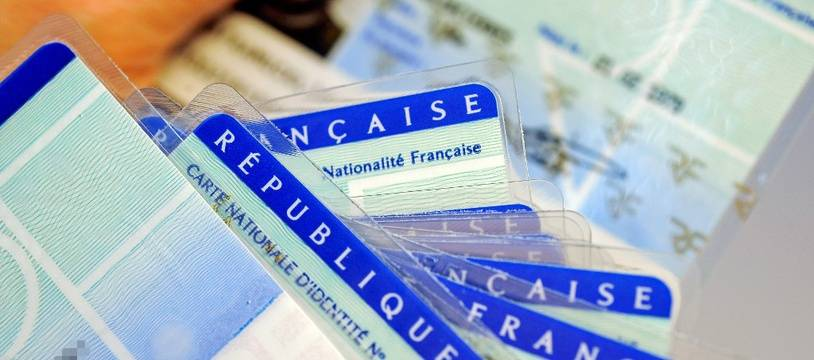 Des cartes d'identité françaises (image d'illustration).