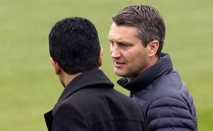 Olivier Létang, ici avec le président Nasser Al-Khelaïfi, ne sera plus le directeur sportif du PSG la saison prochaine.