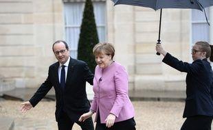 François Hollande et Angela Merkel à Paris, le 4 mars 2016.
