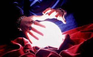 Une boule de cristal.