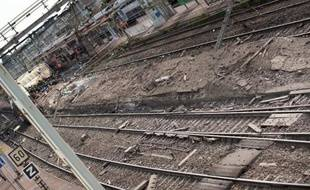 La campagne de vérification nationale des aiguillages lancée après la catastrophe de Brétigny-sur-Orge (Essonne) le 12 juillet, qui a fait sept morts, n'a pas décelé de risques pour la sécurité, selon la SNCF, qui annonce une seconde opération de contrôle.