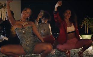 Nicki Minaj dans le clip de «Run Up».