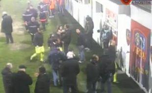 Capture d'écran d'une vidéo à l'issue du match Gazélec - Monaco le 2 mars 2013.