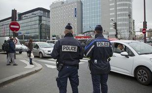 Seules les voitures avec un numéro impair peuvent circuler ce lundi 17 mars 2014 à Paris et en petite couronne.