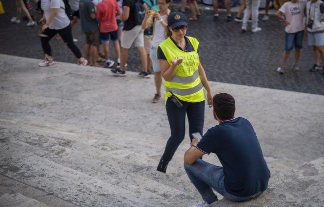 Rome: S'asseoir sur l'escalier de laTrinité des Monts peut coûter 400 euros d'amende