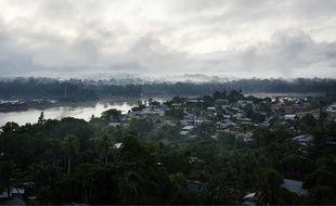 Le fleuve Maroni sépare la Guyane du Surinam (illustration).
