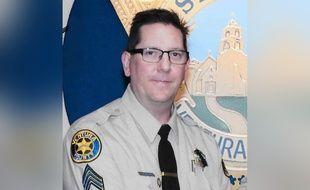 Ron Helus, du bureau du shérif du comté de Ventura, a été tué dans une fusillade qui a fait 12 morts en Californie, le 8 novembre 2018.