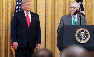Donald Trump et le leader des républicains au Sénat, Mitch McConnell, le 6 novembre 2019.